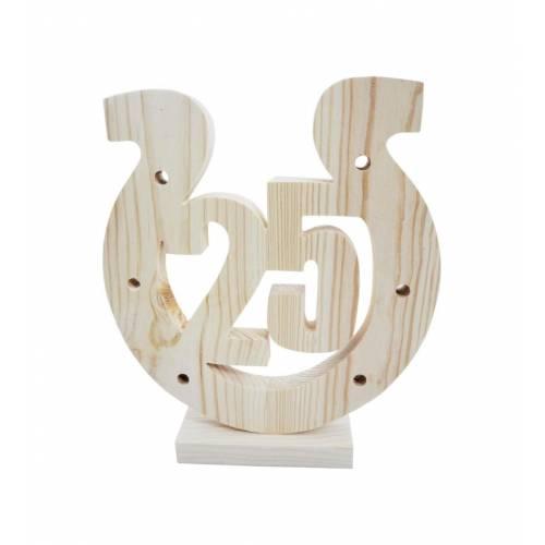 Drewniana podkowa na 25-ste urodziny